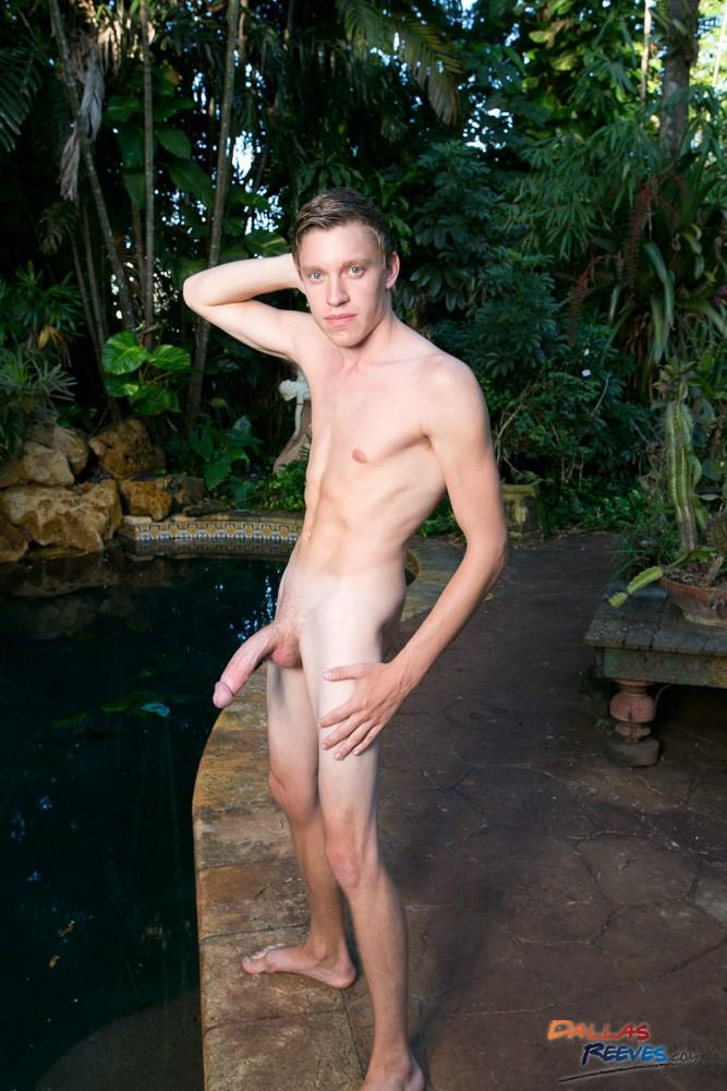 Dallas-Reeves-Jack-King-and-Doncaster-Huge-Cock-Young-Guys-Fucking-Bareback-and-Doncaster-Amateur-Gay-Porn-02 Hung And Young Muscle Guys Fucking Bareback By The Pool