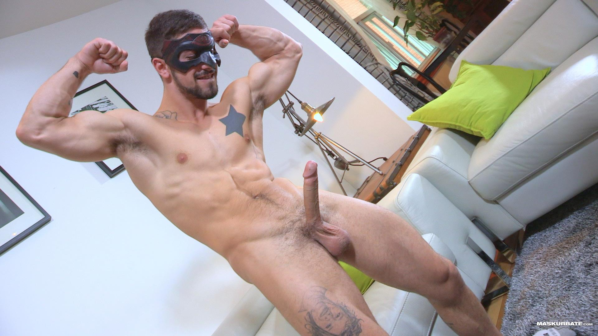 Maskurbate-Carl-Straight-Muscle-Jock-With-A-Big-Cock-Amateur-Gay-Porn-10 Straight Muscle Hunk Gets His First Blow Job From Another Guy