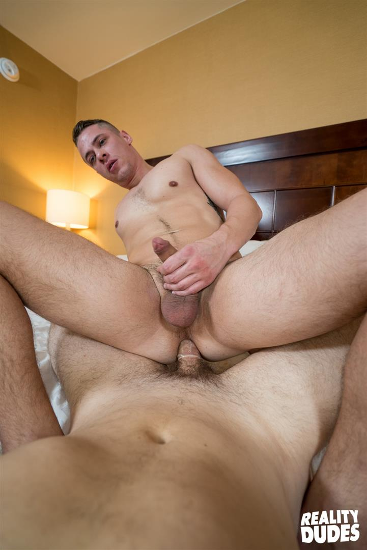 Reality-Dudes-Str8-Chaser-Straight-Jock-Gets-Fucked-In-The-Ass-38 Straight Musular Jock Gets Offered Cash For Gay Sex